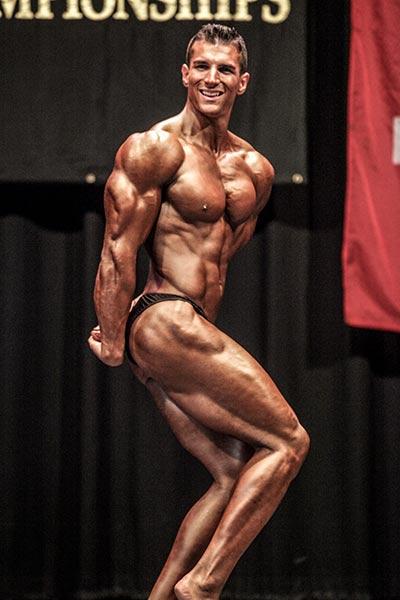 Vic Cuzzupe WNBF Champ
